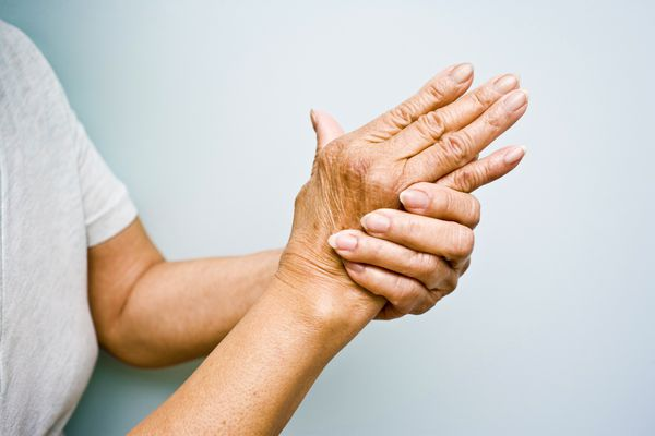 Arthritis and Walk in Bathtubs