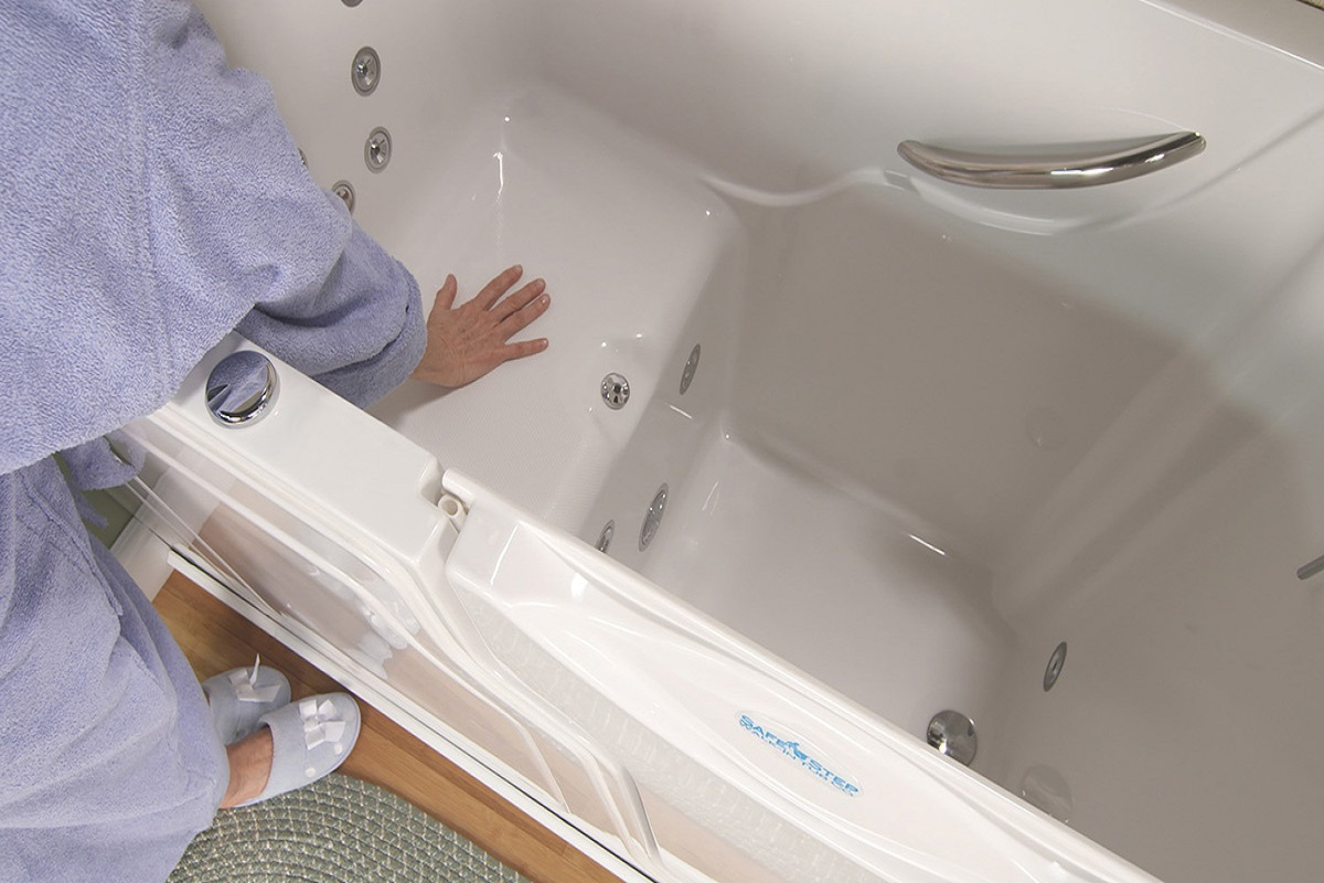 What you should know before buy a walk in tub
